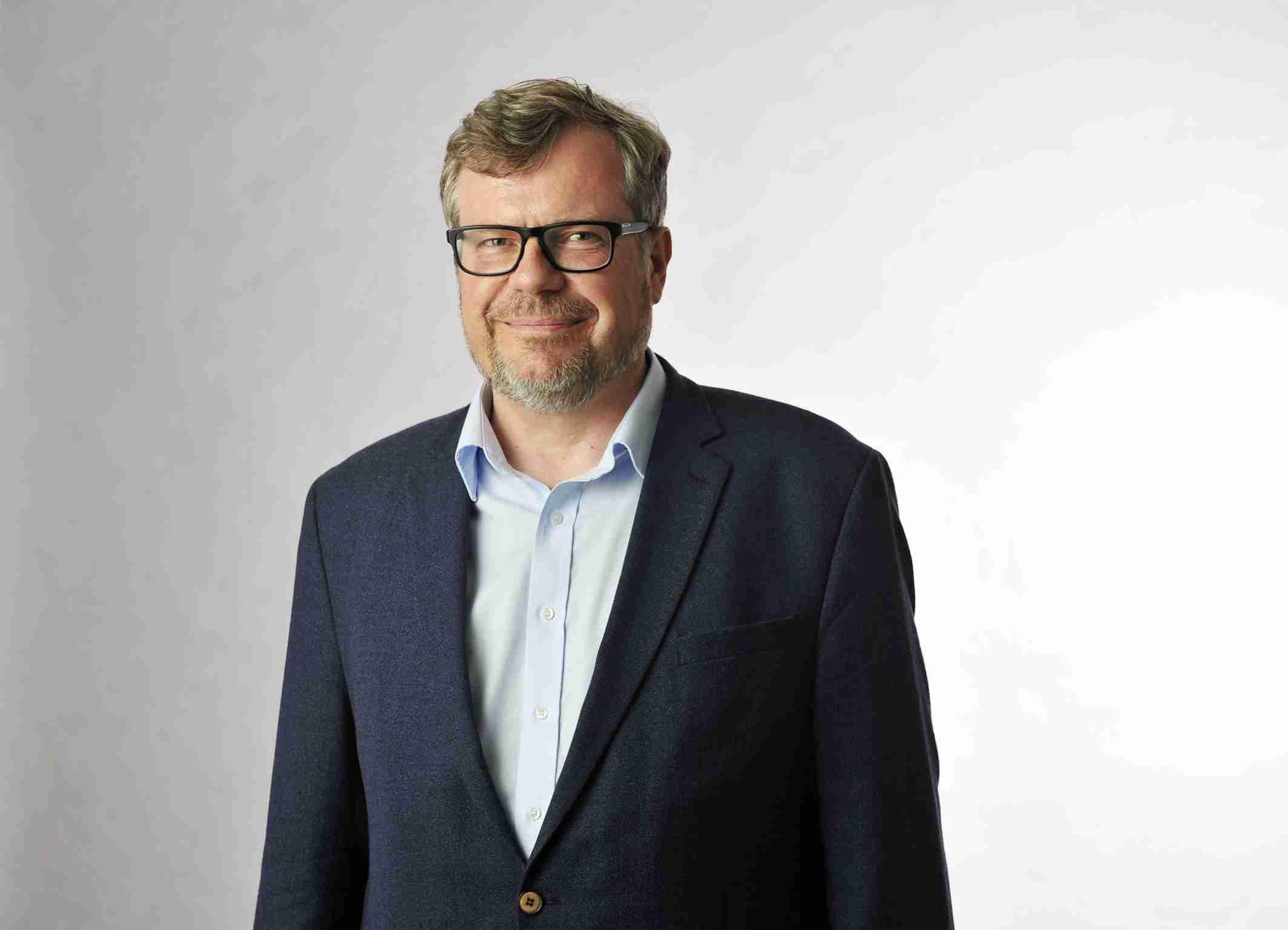 Prof. Dr. Christoph Houswitschka Lehrstuhl für Englische