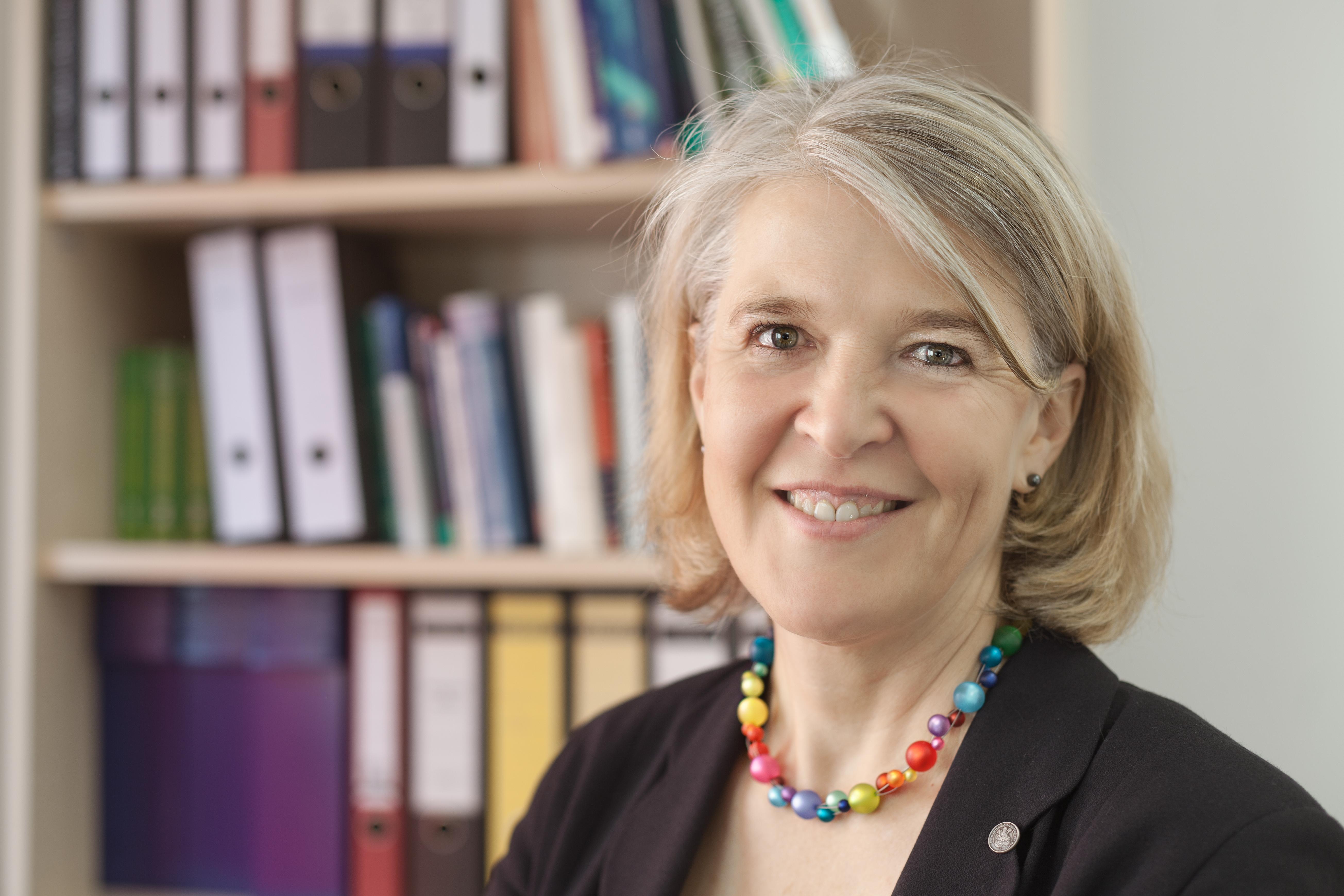 Astrid Schütz